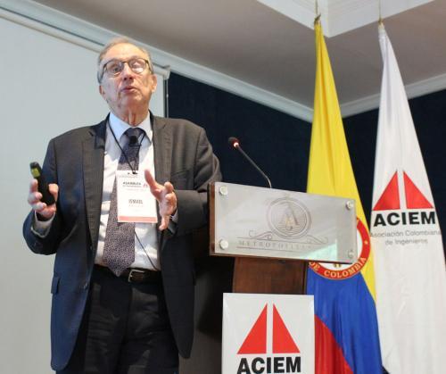 Ismael E. Arenas A. Presidente Nacional ACIEM